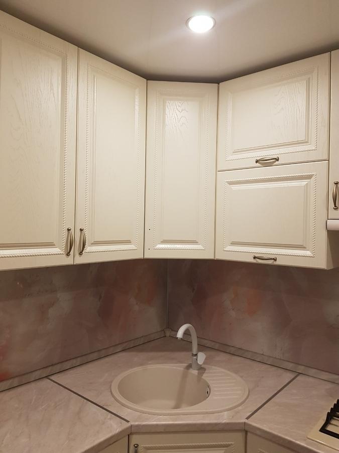 Белый кухонный гарнитур-Кухня МДФ в ПВХ «Модель 70»-фото3