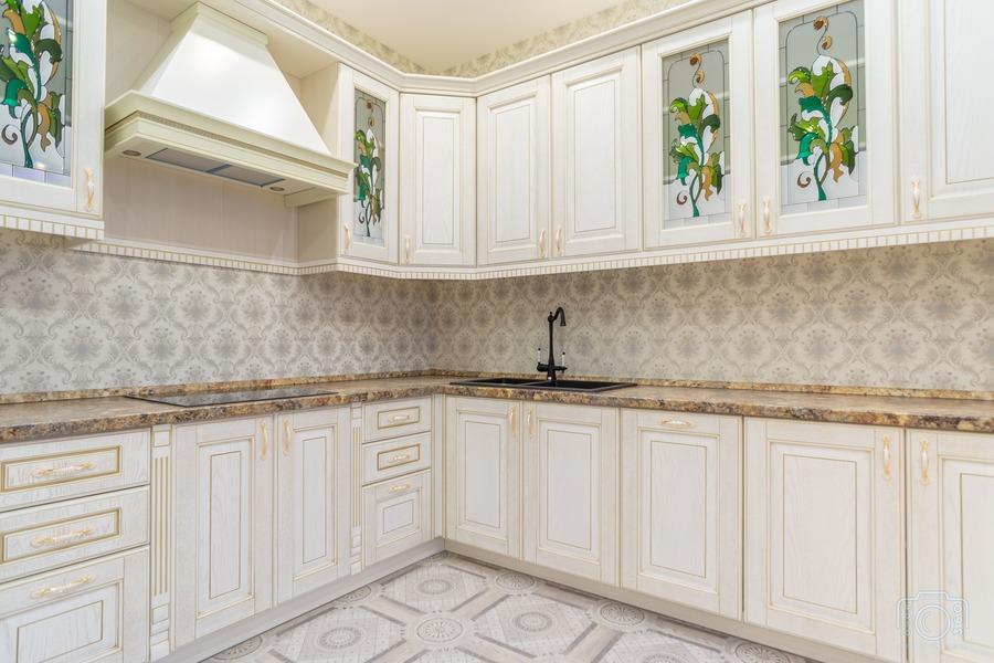 Белый кухонный гарнитур-Кухня из шпона «Модель 8»-фото4