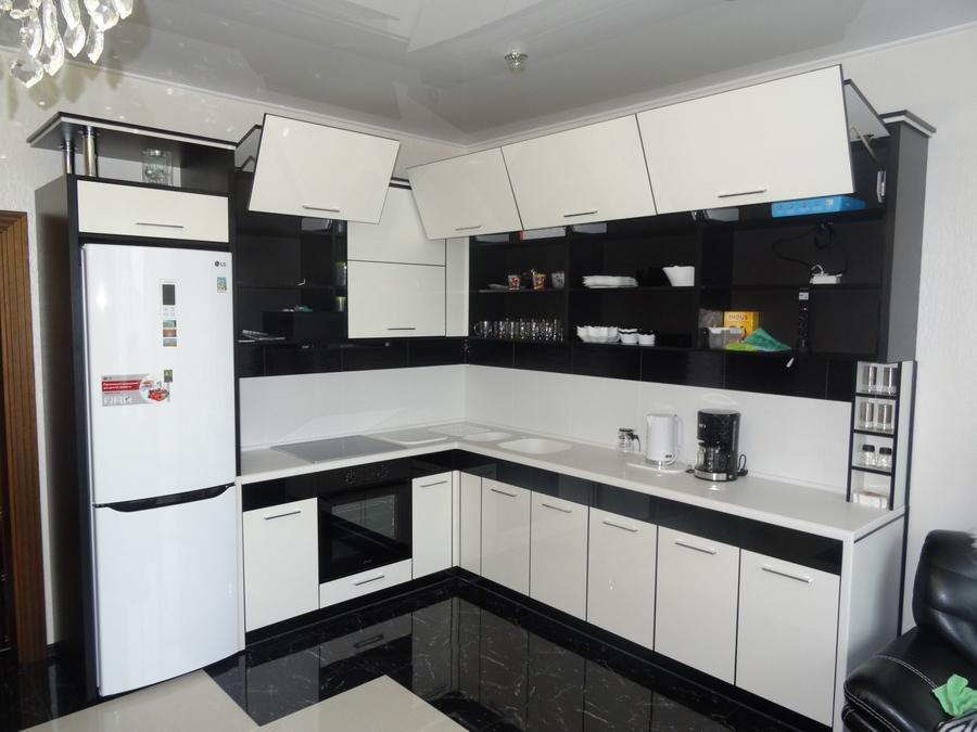 Белый кухонный гарнитур-Кухня МДФ в эмали «Модель 68»-фото6
