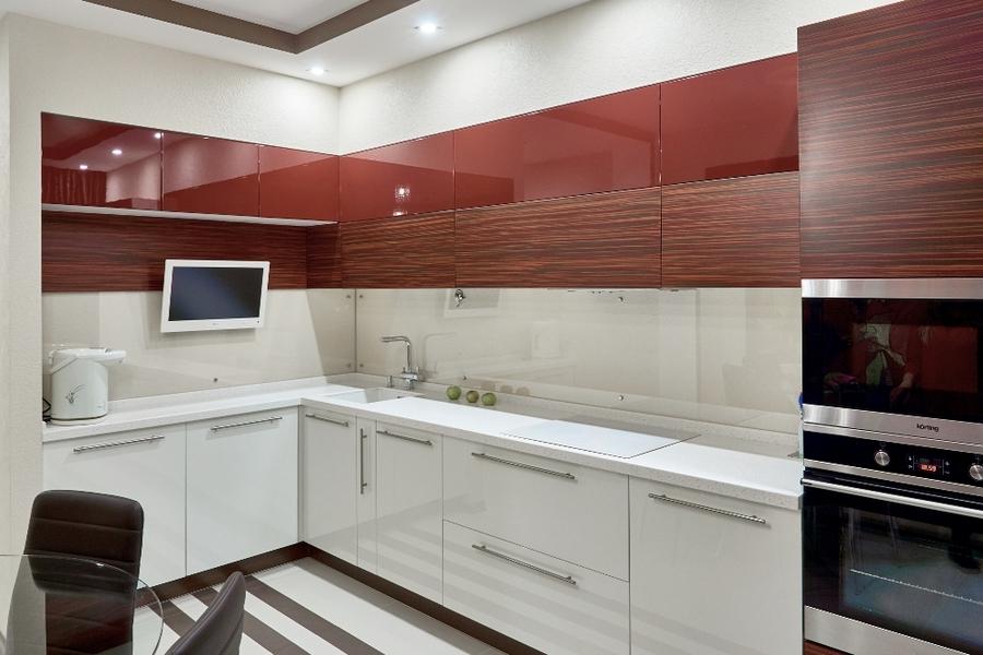 Высокие кухни под потолок-Кухня МДФ в ПВХ «Модель 17»-фото1