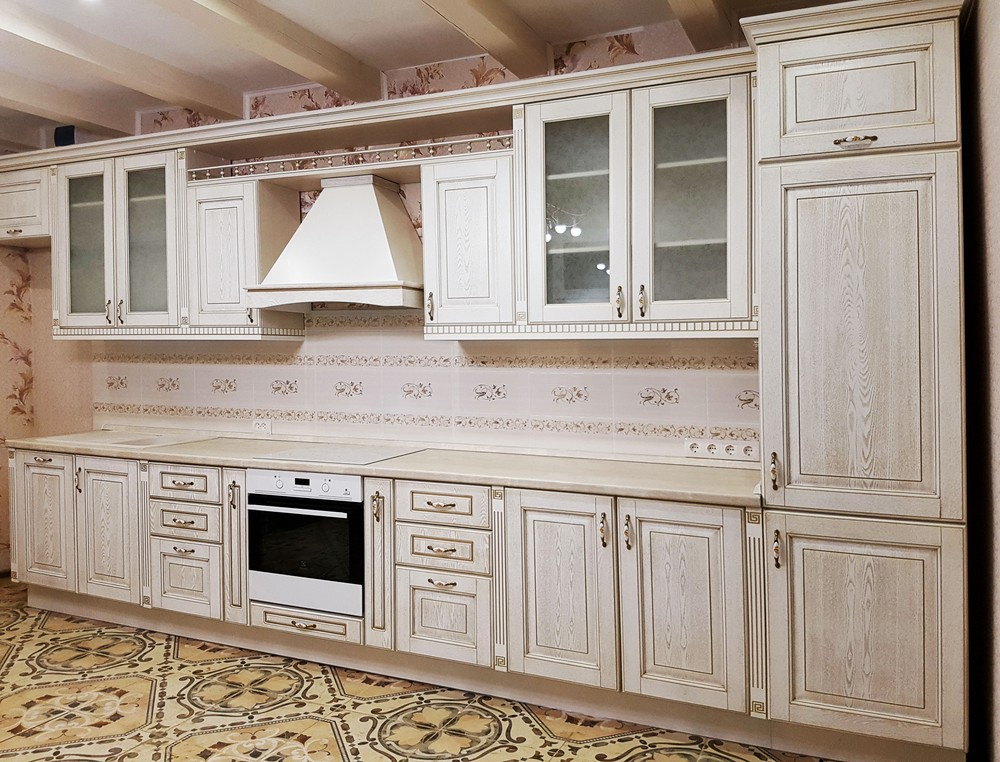 Белый кухонный гарнитур-Кухня из массива «Модель 24»-фото2