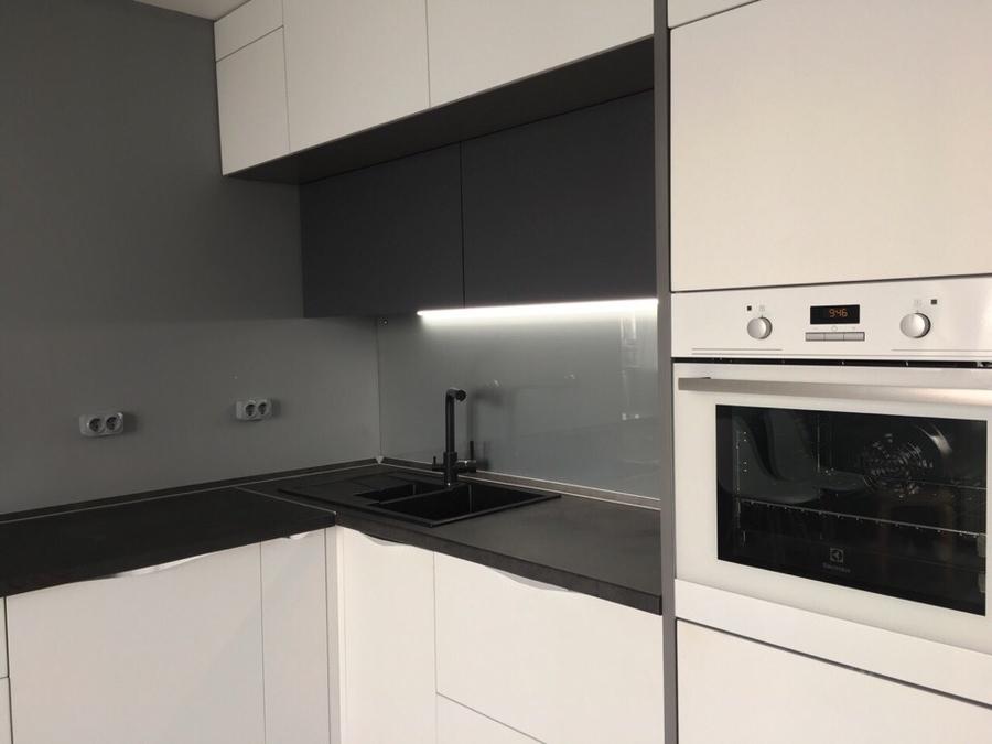 Белый кухонный гарнитур-Кухня из пластика «Модель 364»-фото2
