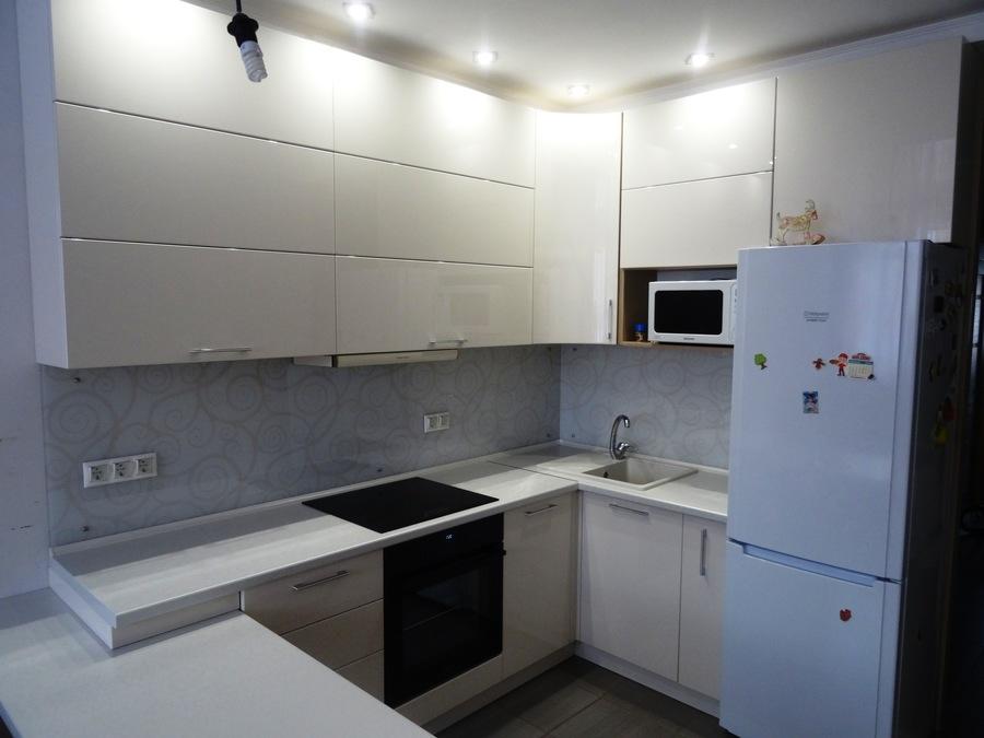 Белый кухонный гарнитур-Кухня МДФ в ПВХ «Модель 516»-фото1