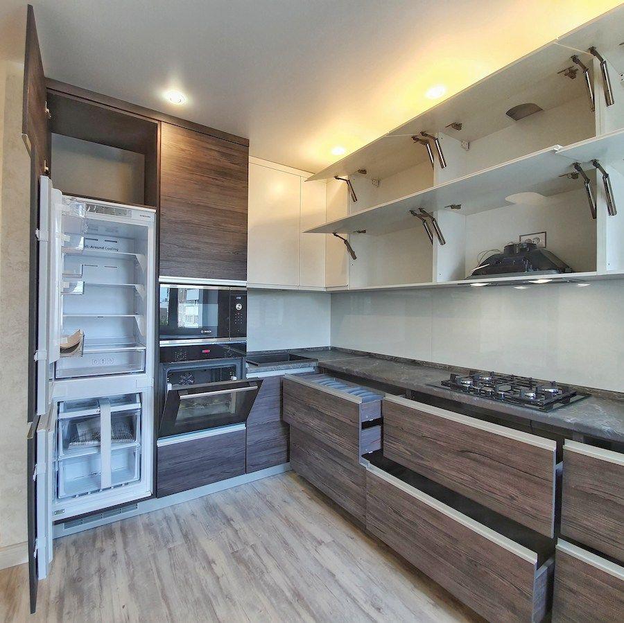 Белый кухонный гарнитур-Кухня из пластика «Модель 539»-фото3