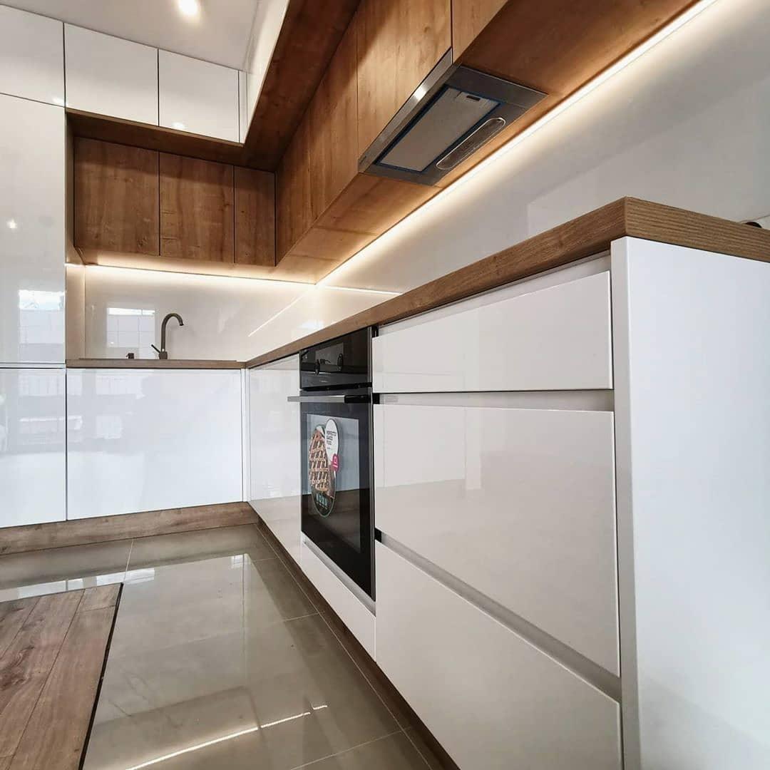 Белый кухонный гарнитур-Кухня МДФ в эмали «Модель 631»-фото3