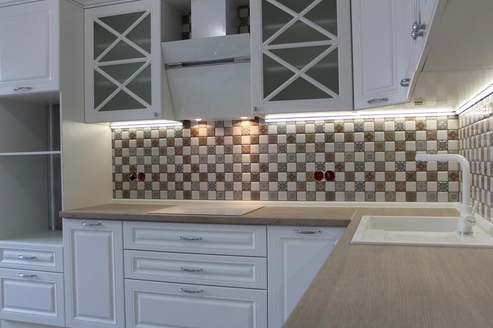 Белый кухонный гарнитур-Кухня МДФ в ПВХ «Модель 82»-фото2