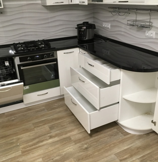 Белый кухонный гарнитур-Кухня МДФ в эмали «Модель 472»-фото11